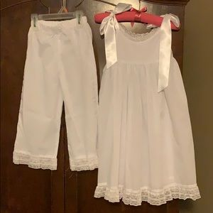 Gorgeous little girls size 3T pantaloon set